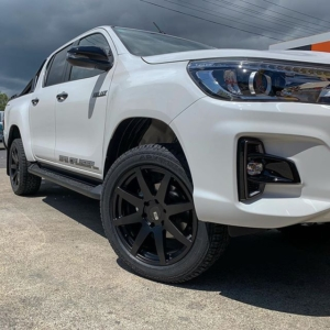 hilux mags